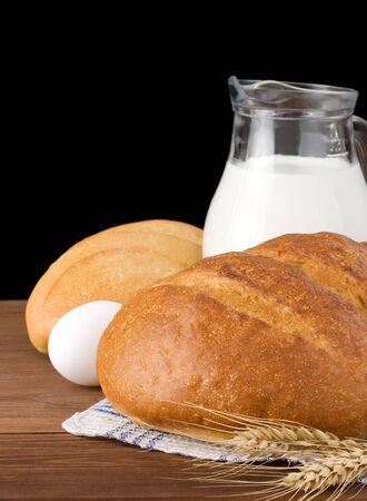 fresh bread isolated on black background Stock Photo - 15087137