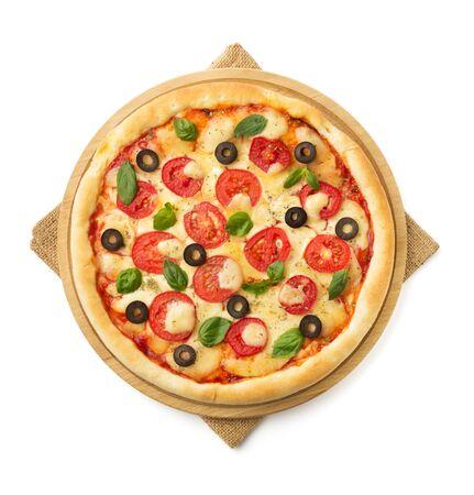 margarita pizza: margarita pizza isolated on white background