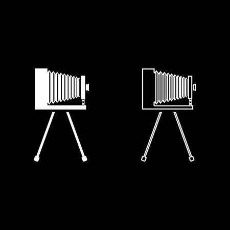 Retro camera on tripod Vintage analog film camera Old photo camera icon outline set white color vector illustration flat style simple image Stock Illustratie