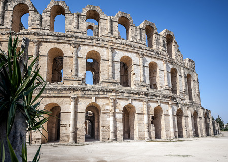 Tunisia, El Jem. Amphitheater Gordian with a capacity of forty thousand people is rightly called the Golden Crown of Africa. 版權商用圖片