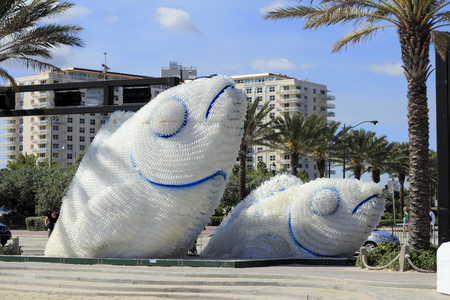 ft lauderdale: FORT LAUDERDALE, FLORIDA - FEBRUARY 3  Two large white and blue public fish sculptures made from plastic drinking water bottles near Las Olas on A1A on February 3, 2013 in Ft Lauderdale, Florida  Editorial