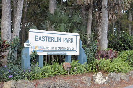 Oakland Park, FL, USA - November 8, 2016: Entrance sign outside of Easterlin Park at 1000 NW 38th Street. Easterlin Park entrance sign in NW Broward County.