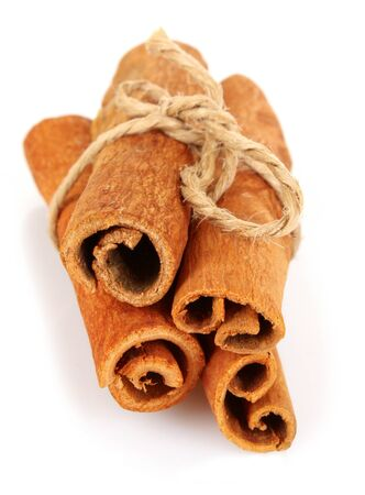 cinnamon bark: Cinnamon bark isolated on white