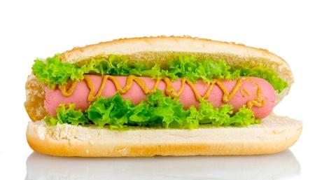 Heerlijke hotdog met mosterd en sla op wit wordt geïsoleerd Stockfoto
