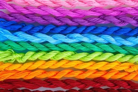 cornrows: hilos de coser para el primer plano del bordado