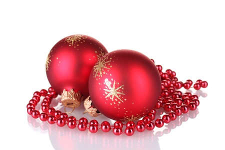 isolataion: Red christmas balls isolated on white background