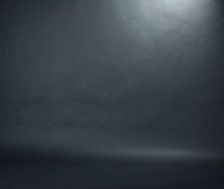 Spotlight studio interieur, zwarte achtergrond