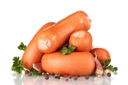 saucisse: saucisses savoureuses, les �pices et le persil d'isolement sur le blanc