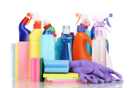 detersivi: Articoli per la pulizia isolato su bianco Archivio Fotografico