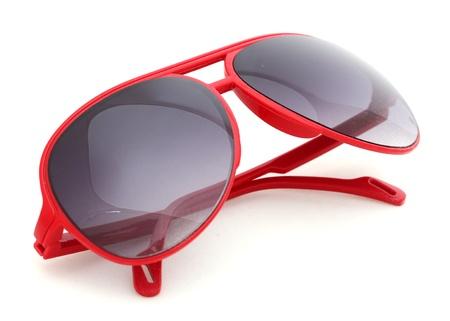 sunglasses: Las mujeres glamorosas gafas de sol rojas aisladas en blanco