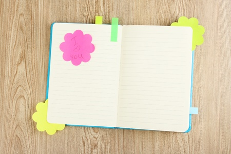 stickies: Open note book with sticky saing i