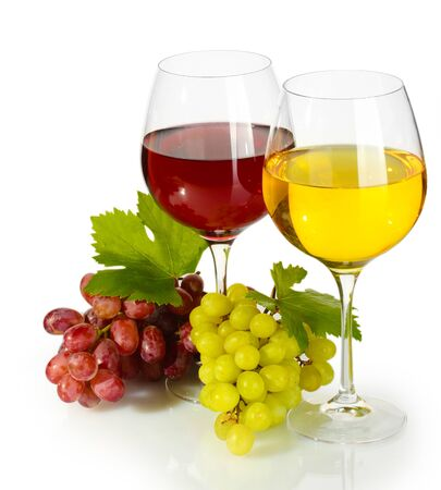 glasses of wine and ripe grapes isolated on white Stock Photo - 14069578