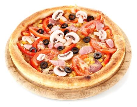 pizza: Aromatische pizza geà ¯ soleerd op wit Stockfoto