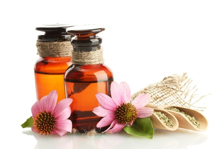 plantas medicinales: frascos de medicinas con equin�cea p�rpura, aislado en blanco
