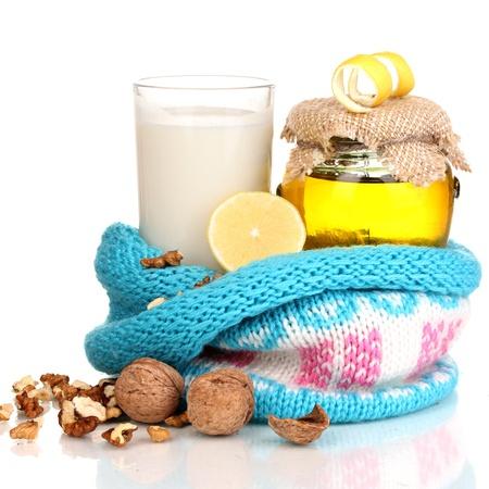 inmunidad: Ingredientes saludables para fortalecer la inmunidad aislado en blanco