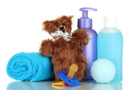 Cosmetici per bambini isolato su bianco