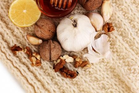 inmunidad: Ingredientes saludables para el fortalecimiento de la inmunidad en bufanda caliente primer plano Foto de archivo