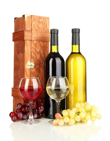 dura: Wooden case with wine bottles isolated on white