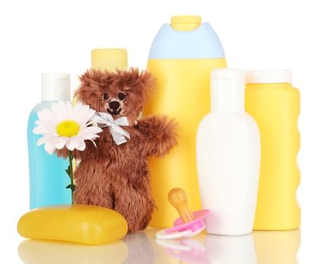 productos de belleza: Cosméticos del bebé aislado en blanco Foto de archivo