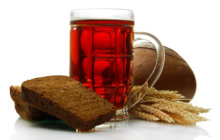 tankard: tankard of kvass and rye breads with ears, isolated on white