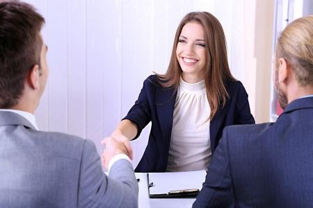 인터뷰를 가진 구직자 스톡 콘텐츠