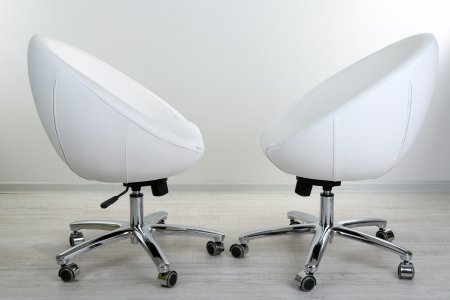 Sedie Ufficio Bianche : Sedia bianca in ufficio foto royalty free immagini immagini e