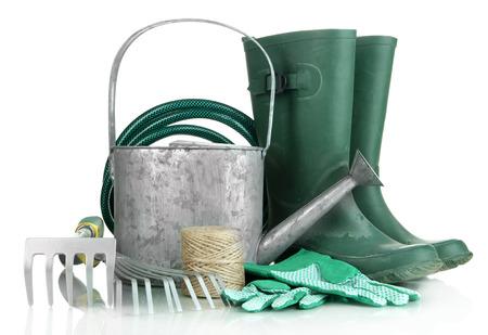 Outils de jardinage isolé sur blanc Banque d'images - 24104799