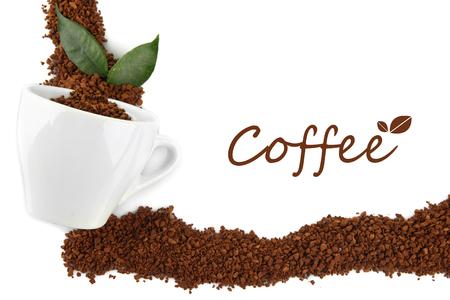overturn: Tazza con caff� istantaneo isolato su bianco