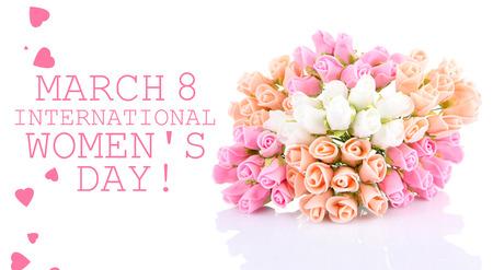 mujer con rosas: Ramo de hermosas flores artificiales, aislado en blanco Foto de archivo