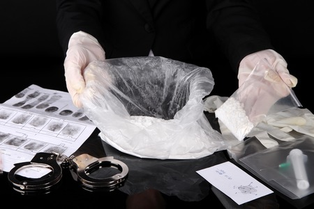 drug control: Heroin consignments found of drug control employees