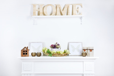table decorations: Beautiful spring home decor