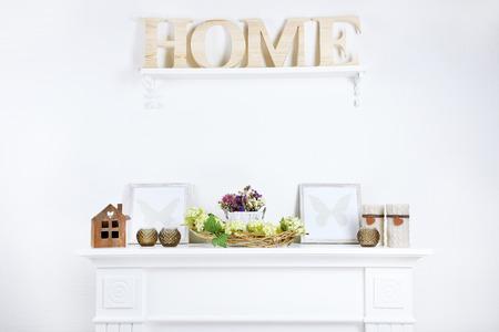 decoracion mesas: Decoraci�n casera hermosa primavera Foto de archivo