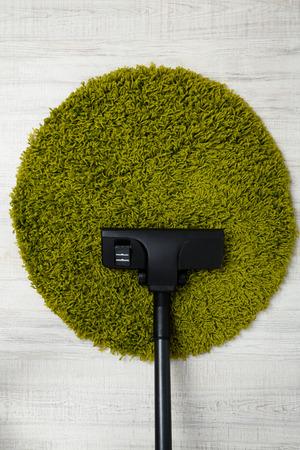 carpet wash: Vacuum cleaner to tidy up carpet