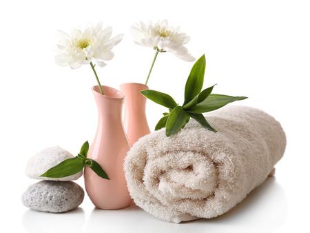 полотенце: Установка Спа, изолированных на белом
