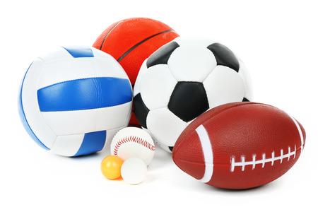 balones deportivos: Se divierte bolas aislados en blanco Foto de archivo