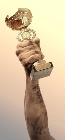manos sucias: copa de oro en las manos sucias