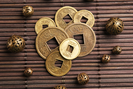 Feng shui coins on table close-up Imagens
