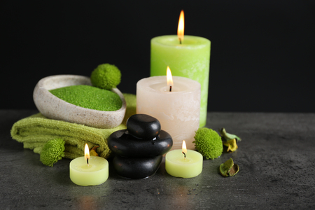 Beautiful composition of spa treatment on dark background Banque d'images - 101452910