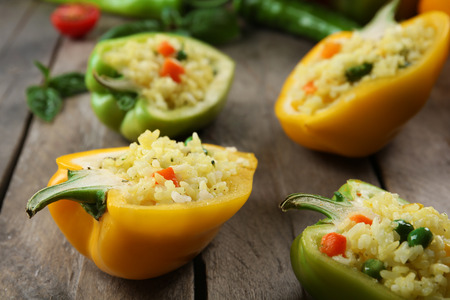 Stuffed peppers with vegetables on table close up Zdjęcie Seryjne