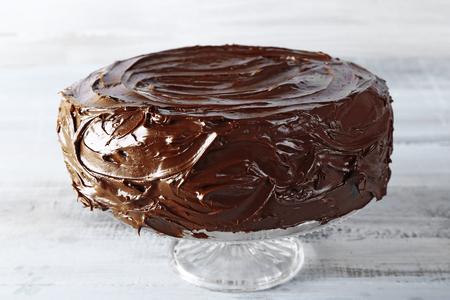 tasty chocolate cake on light background Standard-Bild
