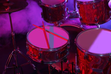Drums set en stokken, close-up