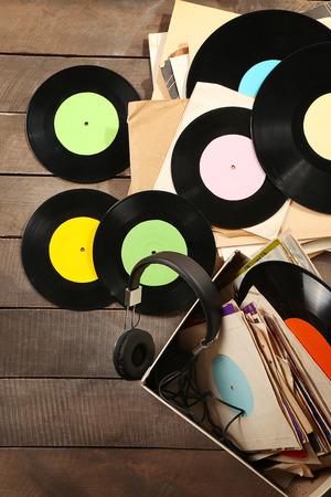 Vinyl records and headphones on table Standard-Bild