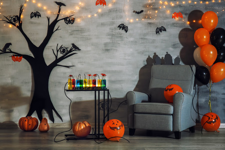 Interior of room decorated for Halloween party 免版税图像