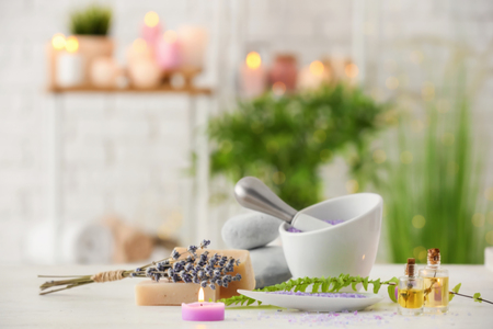 Spa composition with lavender on table 版權商用圖片