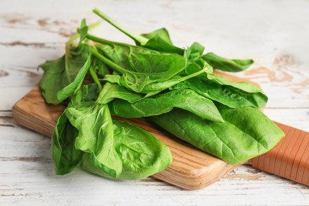 Fresh green spinach on table Standard-Bild