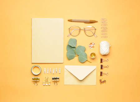 Set of school supplies with eyeglasses on color background Standard-Bild
