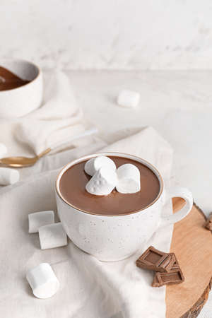 Cup of hot chocolate on table Foto de archivo