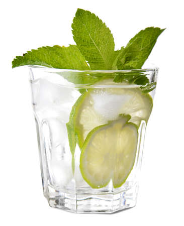 Glass of fresh mojito on white background Banque d'images