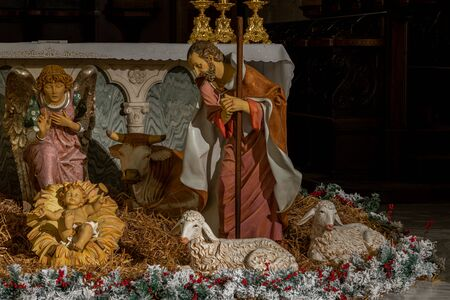 Teano, the Cathedral. Christmas holidays. The Nativity. The Cathedral of San Clemente is the main place of worship in the city of Teano, in Campania, Italy. Banque d'images
