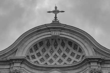 L'Aquila, Abruzzo. Church of Santa Maria del Suffragio, also known as the Church of the Holy Souls. 版權商用圖片